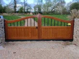 Flood Divert Hardwood Flood Gates in the Classic design with steel spindles